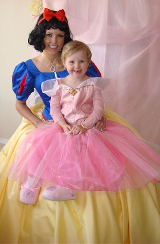 Snow White visits 4th birthday for princess party