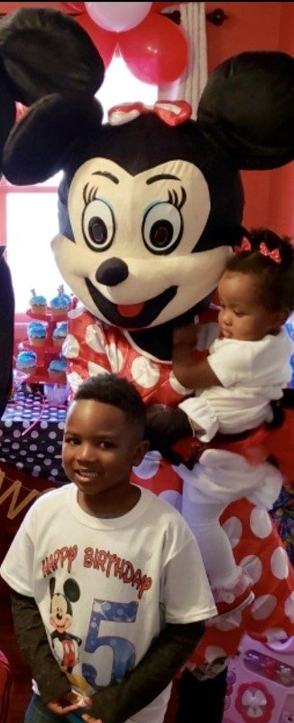 Minnie Mouse at birthday party