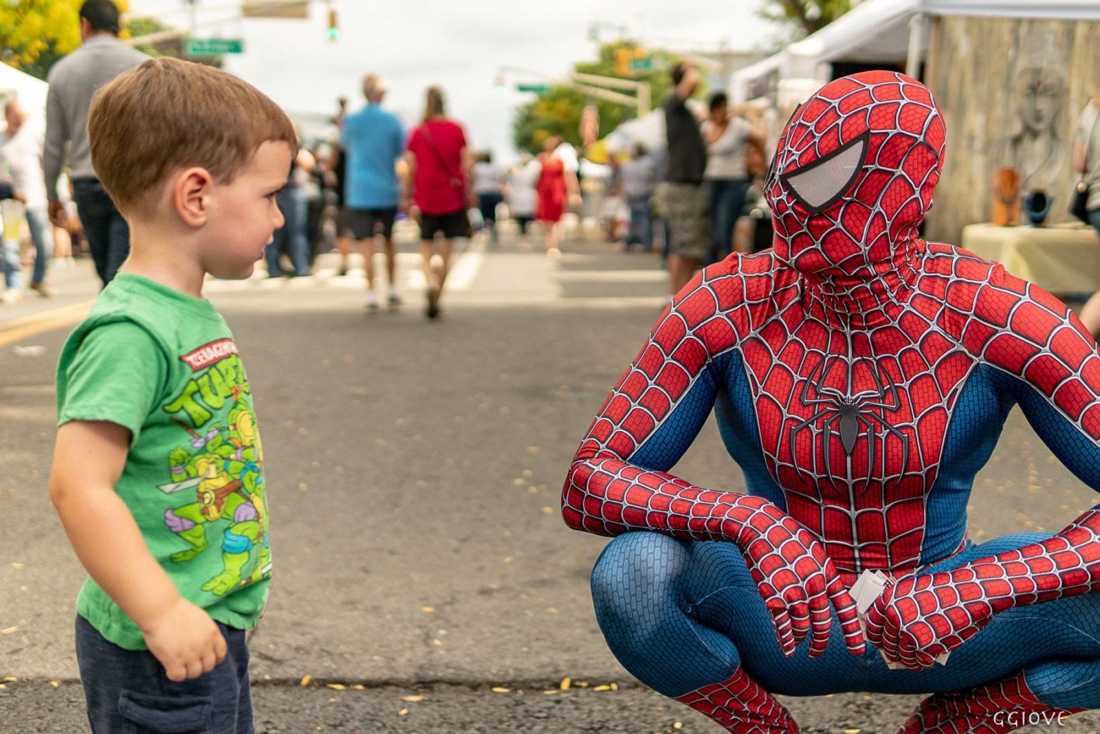 Spider Man and little ninja turtles