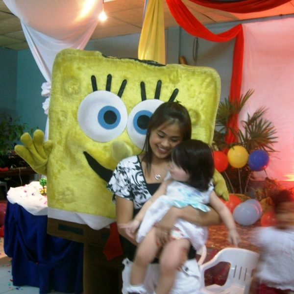 SpongeBob loves have fun a birthday parties