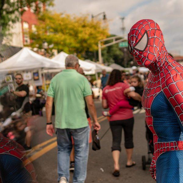 Spider Man sees himself