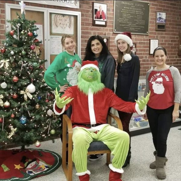 Grinch visits frenklin school Christmas eve.